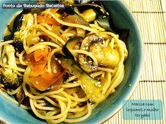Massa com legumes e molho teryaki