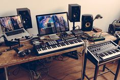 Looking for some modern home studio design options? Here are 10 of our favourite music production studio setups from this year. Home Studio Musik, Audio Studio, Music Studio Room, Sound Studio, Home Recording Studio Setup, Home Studio Setup, Studio Desk, Home Studio Equipment, Ideas