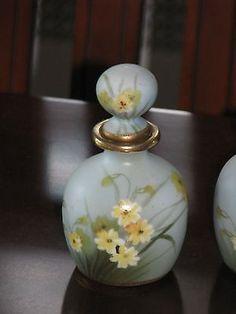 Nippon-Noritake-Perfume-Bottles-Daisies-2-Bottles-1-_1.jpg (300×400)