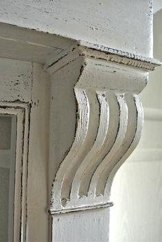 Relooking: manteaux de cheminée patinés