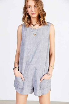 BDG Crinkled Linen Boxy Romper - Urban Outfitters Pair with striped breton top underneath, (boatneck) and gladiator sandals Urban Style Outfits, Fashion Outfits, Fashion Ideas, Summer Outfits, Cute Outfits, Cute Rompers, Urban Fashion, Ideias Fashion, Style Me