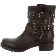 Pre-owned Valentino Noir Rockstud Biker Boots (€850) ❤ liked on Polyvore featuring shoes, boots, black, black engineer boots, black moto boots, black leather boots, black studded boots and leather biker boots