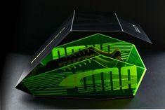 Puma EvoSpeed Limited Edition Packaging via @thedieline