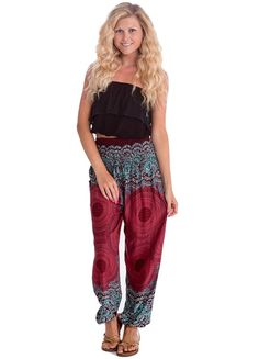 Happy Trunks Harem Pants - S M L XL - Womens Plus Hippie Bohemian Yoga Elephant Pants (Medium, Red Honeycomb) Bohemian Pants, Hippie Pants, Hippie Bohemian, Bohemian Style, Gypsy Pants, Baggy Sweatpants, Elephant Pants, Hippie Outfits, Lounge Wear
