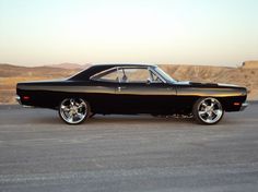 '69 Hemi Road Runner -prefect except the wheels, give me the stock rims