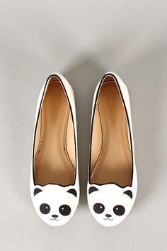 Bamboo Lula-80 Embroidered Panda Face Round Toe Loafer Flat