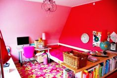 Modern and Cool Girls Room Decor
