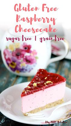 This AMAZING raspberry cheesecake recipe is made with fresh raspberries and lemon with a pistachio crust, raspberry mouse and raspberry jelly. It's the best sugar free cheesecake recipe you'll ever make! And it can be made with into cupcakes and bites! Raspberry No Bake Cheesecake, Sugar Free Cheesecake, Lemon Cheesecake, Sugarfree Cheesecake Recipes, Low Carb Cheesecake Recipe, Low Carb Recipes, Diet Recipes, Pcos Diet, Raspberries