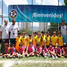 """Plan Vacacional de Fútbol """"TODOS ESTRELLAS"""" en alianza con """"ALIANZA ARENA FC"""". Para niños y niñas desde los 4 a 18 años de edad. Comparte la emoción, Únete al Campamento...Inscribirte YA !!! te esperamos. Teléfono: 0212-987.51.25 / 0414-139.50.90 / 0414-154.20.94 / 0414-314.39.97 / 0414-305.59.51. Dirección: Canchas Colegio Santo Tomás de Aquino (Sta. Inés), Caracas. Más Información visita: http://www.guiafelizfindesemana.com.ve/2016/06/plan-vacacional-de-futbol-todos.html"""