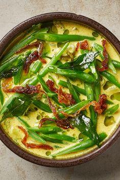 Green Bean Recipes, Veggie Recipes, Indian Food Recipes, Asian Recipes, Vegetarian Recipes, Indian Green Beans Recipe, Cooking Recipes, Healthy Recipes, Green Bean Curry