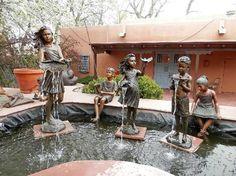 Santa Fe, NM: Art gallery on Canyon Road