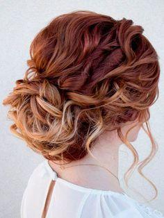 penteados-de-festa-para-cabelos-cacheados-1