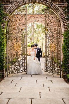 Lush, summer wedding at Milton Park in Australia, with photos by Marcus Bell of Studio Impressions | junebugweddings.com