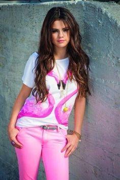 Selena Gomez Fashion Inspiration and Style for Women