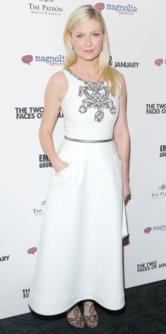 Kirsten Dunst in Chanel Couture ....