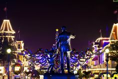 """""""It's a Kingdom of Lights during this Season, Mickey"""""""