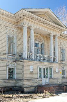 Вологодский деревянный классицизм с элементами ампира - http://nalichniki.com/vologodskij-derevyannyj-klassicizm-s-elementami-ampira/