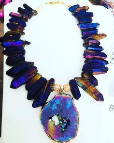 Drizzy Quartz perfect necklace to make a statement! Purple Quartz, Titanic, Lovers Art, Wearable Art, Jewelry Design, Pendant, Gold, Hang Tags, Pendants