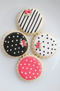 Modern Inspiration for a Spring Wedding Shower - recipes - Cookies Fancy Cookies, Valentine Cookies, Iced Cookies, Cut Out Cookies, Cute Cookies, Birthday Cookies, Cookies Et Biscuits, Cupcake Cookies, Flower Cookies