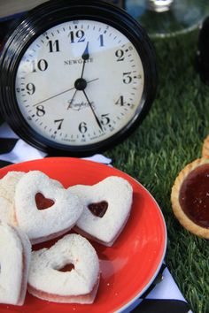 Alice in Wonderland Tea Party heart shaped sandwiches #disney #teaparty #aliceinwonderland