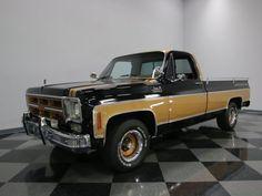 1975-GMC-Sierra-Classic-1500-Gentleman-Jim
