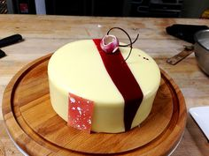 White Chocolate Berries Entremet!! || Antonio Bachour via Flkr