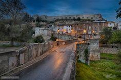 Wait for your turn, it is a narrow bridge - Santa Maria Bridge in Ontinyent, Spain