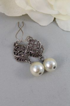 Allie,Silver Earrings,Pearl,Antique,Vintage Style,Wedding,Bride,Antique Earrings,Pearl Earrings. Handmade jewelery by valleygirldesign by ValleyGirlDesigns on Etsy https://www.etsy.com/listing/159717862/alliesilver-earringspearlantiquevintage
