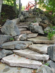 Creative Gardens can build natural stone walkways, patios and retaining walls that accent your home or cottage.