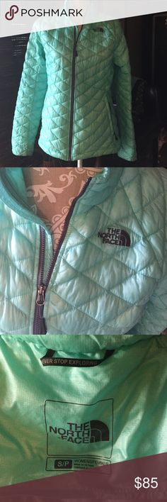 North face thermoball Aqua coat jacket Almost new north face thermoball jacket, women's small, aqua green color, perfect condition!! 100% nylon/polyester, machine washable North Face Jackets & Coats