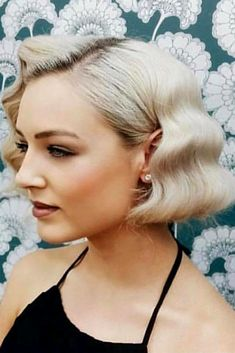 Inspiring Styling Ideas And Tutorials To Wear Finger Waves Perfectly , Short Bob With Finger Waves ❤️Fancy getting classy finger waves? Modern hairstyles for long and medium. Prom Hairstyles For Short Hair, Short Hair Updo, Short Wedding Hair, Retro Hairstyles, Short Hair Cuts, Wedding Hairstyles, Hairstyles Haircuts, Short Retro Hair, Fancy Short Hair
