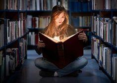 Los libros sólo tienen valor cuando conducen a la vida y le son útiles. Hermann Hesse (1877-1962) Escritor suizo, de origen alemán