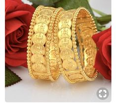 How To Choose The Perfect Pair Of Gold Diamond Earrings Real Gold Jewelry, Coin Jewelry, Indian Jewelry, Kerala Jewellery, Temple Jewellery, Trendy Jewelry, Jewelry Holder, Diamond Jewelry, Gold Bangles Design