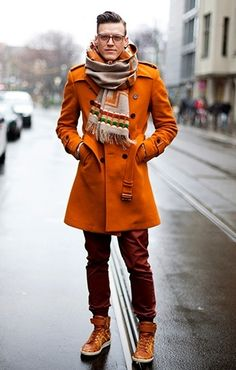 Orange coat for autumn/winter 2014. Pale people be wary of orange, but nice coat!