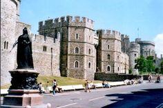 Windsor Castle and Queen Victoria Statue in Windsor