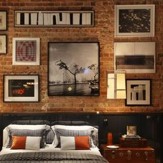 Design ideas for adding some rustic charm to a room by using exposed brick walls (image by Luiz Fernando Grabowsky)