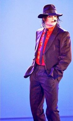 👑The king of the heart 💖 Michael Jackson 2001, Michael Jackson Dangerous, Photos Of Michael Jackson, Michael Jackson Quotes, Mike Jackson, Jackson Family, Michael Jackson Invincible, Mj Dangerous, O Pop