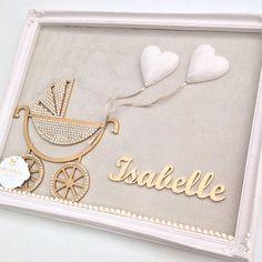 Aqui tem amor nos mínimos detalhes... Porta Maternidade para anunciar a chegada da princesinha Isabelle. Obrigada pelo carinho mamãe @mari_couceiro!!!