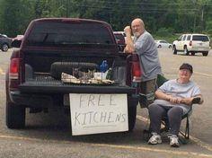 #Meanwhile En niet katten alsjeblieft ...#Bron en #FF @twitduidelijkzo