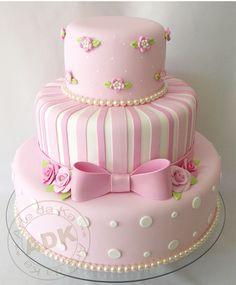 52 Ideas For Birthday Cake Decorating Ideas Showers Fancy Cakes, Cute Cakes, Pretty Cakes, Beautiful Cakes, Amazing Cakes, Fondant Cupcakes, Cupcake Cakes, Fondant Girl, Bolo Fack