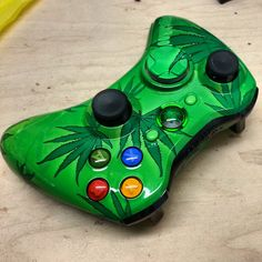 Friendly 420 Xbox 360 Controller with Pot Leaf Guide Button - KwikBoy Modz  #potleaf #weedcontroller #stoner #stoned #customguidebutton #customcontroller #xbox360controller #xbox360  http://www.kwikboymodz.com/friendly-420-xbox-360-controller/