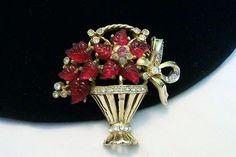 VINTAGE 1940 RED MOLDED GLASS & RHINESTONE FLOWER BASKET BROOCH PIN CORO CRAFT | eBay