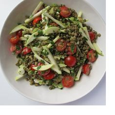 Lentil Salad with Tomatoes and Apple - Lentils, the tiniest treasures of the legume family, may be small but they are powerful, providing a large dose of dietary fiber along with important vitamins and minerals.