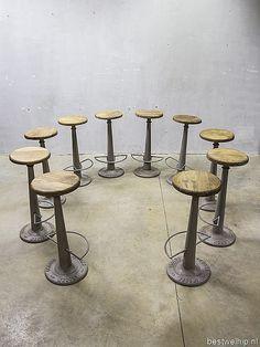 Necchi vintage krukken barkruk atelierkruk kruk industrieel loft, vintage factory stools stool industrial Necchi