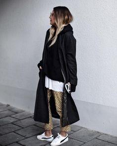 Sandra Ebert of black palms - more on www.black-palms.com - Streetstyle Fall Fashion 2016, Fashion 2018, Daily Fashion, Everyday Fashion, Autumn Winter Fashion, Stylish Street Style, Street Style 2017, Selena Gomez, Rihanna