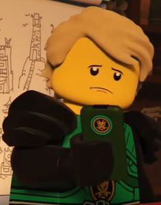 I wish they would sell actual phone cases from season 7 : Hands of Time Ninjago Memes, Lego Ninjago Movie, Ninjago Season 7, Lloyd Ninjago, Little Kid Shows, Ninja Outfit, Charlie Video, Teen Celebrities, Treasure Planet