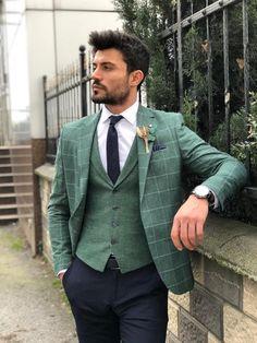 Available Size : material : cotton , linenMachine washable : No Fitting : slim-fit Remarks : Dry Cleaner Plaid Suit, Suit Vest, Plaid Blazer, Mens Fashion Suits, Mens Suits, Green Suit Men, Blazer Outfits Men, Designer Suits For Men, Men Formal