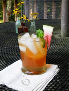 This Sounds Yummy Little Southern Charm A Sweet Tea Sipper One Part Vodka We Used Rain Organic Three Parts Rooibee Red Watermelon Mint