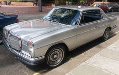 Mercedes 220, Mercedes E Class Coupe, Mercedes W114, Mercedes Benz Classes, Mercedes Benz World, Mens Toys, Vintage Porsche, Old School Cars, Classic Mercedes