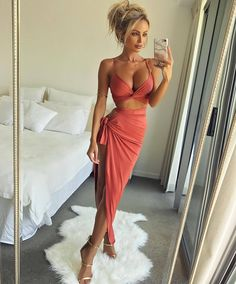 "90b791cf936 OH POLLY on Instagram  ""Women Crush Wednesday    abbydowse crushing on  herself! Confidence is key ⚡ ⚡ Shop  Slit To Kill  Knotted Two Piece Set ..."